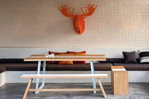 Table-bench-cube-moose